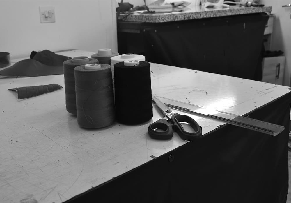 cuir de qualit le luxe la fran aise pour nos blousons. Black Bedroom Furniture Sets. Home Design Ideas